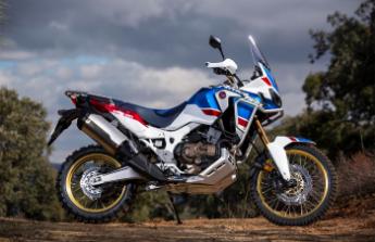 Legendární Honda Africa Twin Adventure Sport