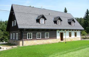 Dofinancování stavby roubenky v NP České Švýcarsko