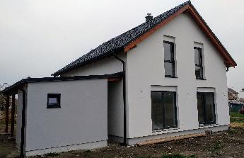 Dokončení domu a zahrady, okolí RD a oplocení