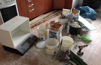 RENOVACI VLASTNÍHO BYTU - podlahy a nová kuchyň